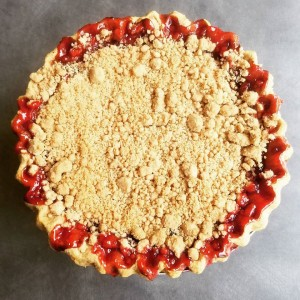 Whole cherry pie with streusel topping